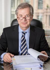 Rechtsanwalt Dr. Lars Damke